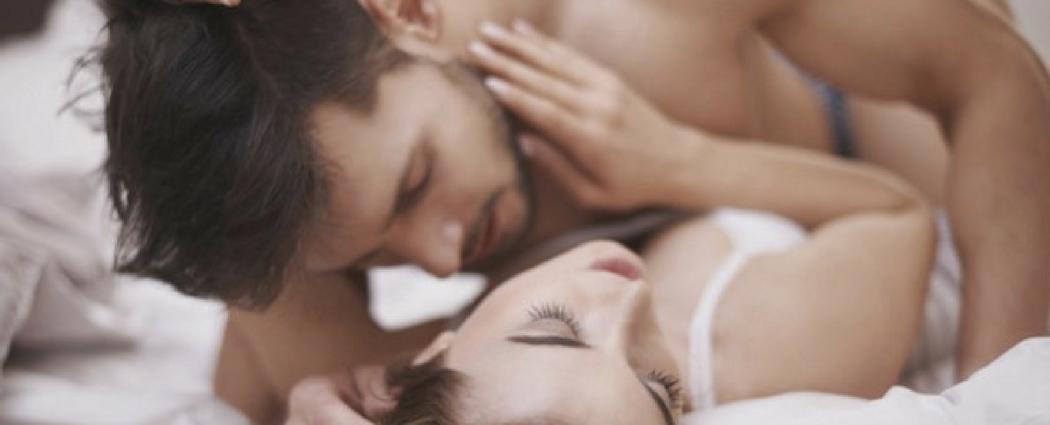 Kvinder sprøjter samtidig med at have sex